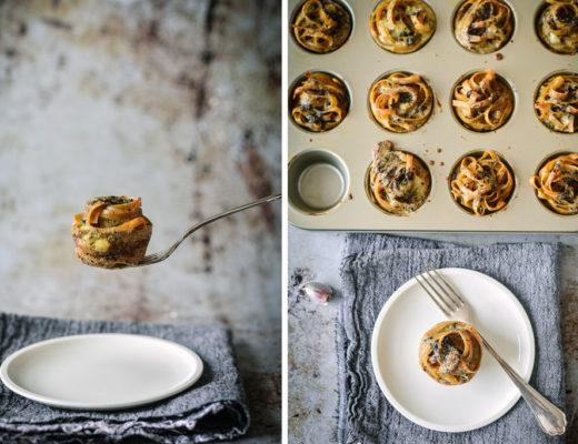 Hier findest Du ein tolles Rezept für kleine Nudelnester mit Pilzpesto. Ganz einfach im Muffinblech gebacken. Ein echter Hingucker auf jedem Brunch und toll im Picknickkorb. Meine Kinder lieben Nudelnester auch in ihrer Lunchbox.