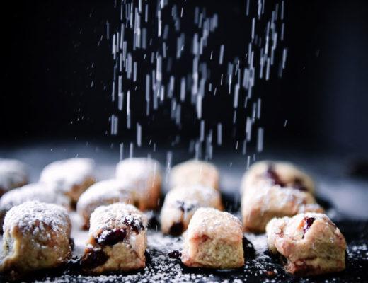Himmlisches Rezept für Stollenkonfekt einfach und schnell gemacht mit Adventssicherer Schritt-für-Schrittanleitung. Vorsicht: Suchtgefahr! Weihnachten kann kommen...HO HO HO!